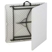 Félbehajtható fehér piknik asztal 183 x 76 cm